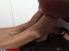 Gay sex Dev Worships Jason James' Manly Feet