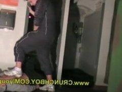 Sneaker sextape with a guy in joggin snif skets