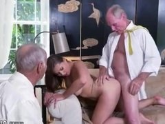 Mature milf footjob Ivy impresses with her