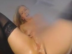 Blonde mature babe mega squirt