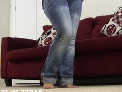 Let me give you a handjob in my tight little jeans JOI