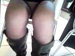 mature upskirt pantyhose