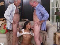 Victoria Valencia Gives Blowjob To Old Men