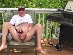 Outdoors Pee and Cumm PlAy!