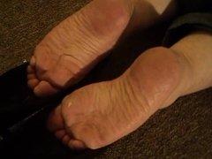 Mature Heel Popping Cummy heels