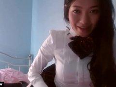 Gorgeous Asian Teen Girl Masturbates on Cam