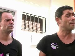 A great orgy in a Spanish swinger club with Tomy and Noa