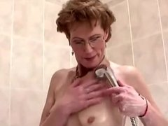 Mature Lady Shower and Masturbate