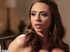Crying wife Ariella Ferrera