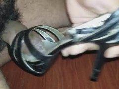 Fuck and cum on high heel