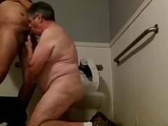 Fucking a Silverdaddy in the Toilets