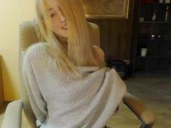 Hot blonde Live show Snapchat: SusanPorn949