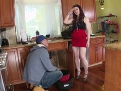 Brunette ass fuck The Plumber gets His Pipe