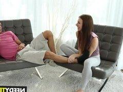 Teen Anya Olsen spreads legs for rent