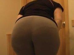 Irish Pawg fat ass in bathroom