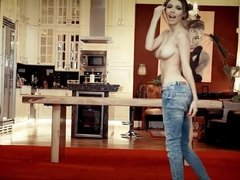 SIDE TO SIDE - slim teen bouncy tits strip dance