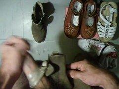 sperme dans bottines andre en cuir marron
