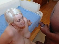 Slideshow number 30(#granny #oma #grandma)