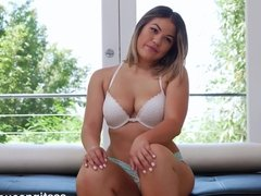 Sexy Asian Amateur Fucking To Get Into A Rap Video