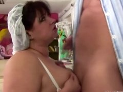 Anal and pissing treatment from expirienced BBW nurse