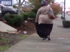 gigantic wobbliest arab ass ever