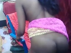 Indian Girl Masturbating On Live Cam - Awesome Video