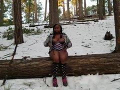 Ebony Public Masturbation in the Snow