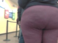 Candid thick Milf in line
