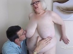 Tit and pussy play