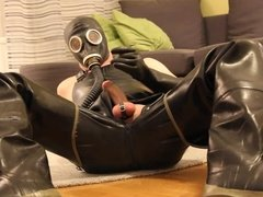Rubber wank at a hotel - Part 1
