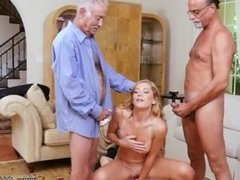 Pussy Frannkie And The Gang Tag Team A Door