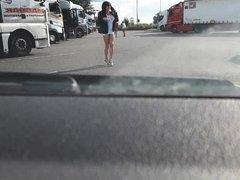 raz la moule devant des routiers