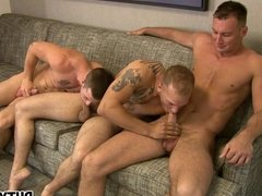 Ex Soldiers Fuck In Hot Threesome