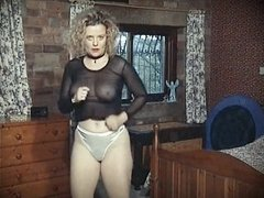 IT'S LIKE THAT - vintage British bouncy boobs dance