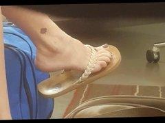 ex wifes feet in flip flops 2