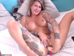 Sexy girl on webcam with tattoos masturbating on webcam
