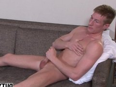Tasty Lad Wanks One Out
