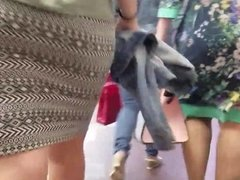 Big ass in skirt in the metro