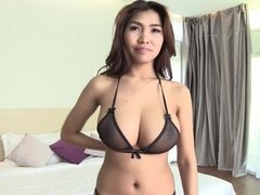 32 EEE's on this THAI Babe