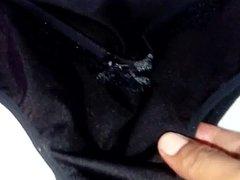 Tanga de mi vecina Susi en color negro