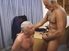 MILITARY UNIFORM MEN PLAY FUCK SUCK