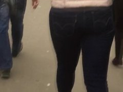 Mature blonde's ass in jeans