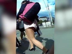 pantyhose girl gets upskirt