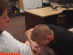 Desperate strighty cock sucked by pawn broker