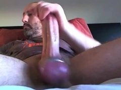 Ball Stretching Bate