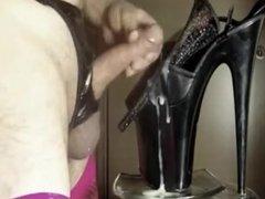high heels fuck squirt cumshoes taste