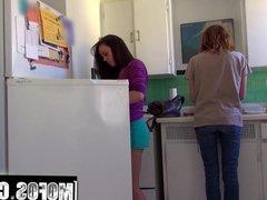 Roommate Likes it Loud video starring Rahyndee James