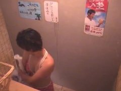 Asian Beach Locker Room peeping - 2 of 4