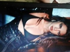 Moaning Cum Tribute on Priyanka Chopra