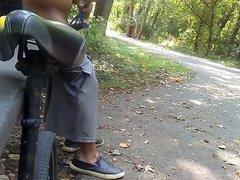Flash dick in park